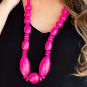 Summer Breezin pink necklace